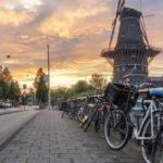 В Амстердаме предлагают отказаться от авто в рамках эксперимента